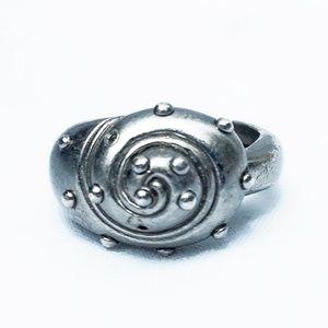 Marc Jacobs Rate Silver Shell Ring- Size 9